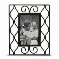 China Metal Photo Frame with Powder-coated Finish, Various Colors are Available, BSCI Audit wholesale
