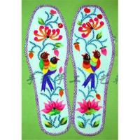 China Embroidered insole,shoe pad,gifts,handicrafts,embroidery,folk arts,folk crafts wholesale