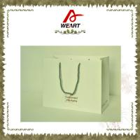 China Recycled Luxury White Card Paper Bags For Gift , Printed Hot Stamping Logo wholesale