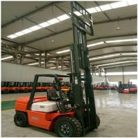 China 3 Ton Diesel Forklift Truck FD30 Engine Powered With 1070mm Fork Length on sale