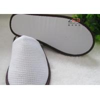 Quality White Spa Slippers Anti Slip , EVA Dots Hotel Bathroom Slippers for sale