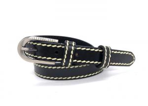 China Black Alloy Buckle Women'S Genuine Leather Belt on sale
