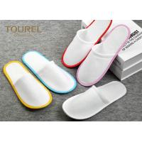China Brush Fabric Dispsable Closed Toe Spa Slippers White Color Red Edge wholesale