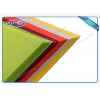 China Colorful Disposable PP Non Woven Tablecloth for Restaurant , Home Use or Retail Sale wholesale
