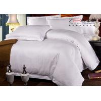 China Professional Hotel Comforter Sets , Polycotton Bed Linen For Hotels 115GSM wholesale