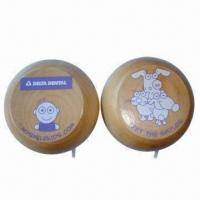 China Wooden Yoyos, Measuring 5.5 x 2.5cm, Customized Logos and Colors are Accepted wholesale