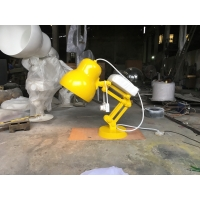 China Lamp Outdoor Decor Statues Paint Yellow Small Outdoor Statues Desk Interior Decoration wholesale