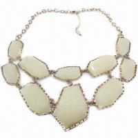 China Fashionable Necklace, Metal Chain-linked Design on sale