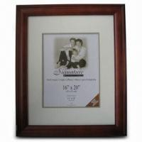 China Wooden Photo Frame in Different Sizes, ODM Welcome wholesale
