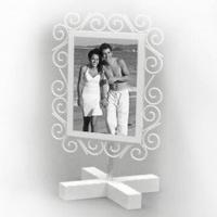 China Metal Photo Frame in Various Colors and Sizes, with Poweder Spray Finish wholesale