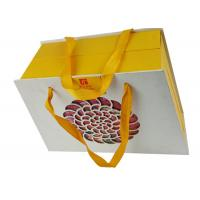 China OEM Customized Box Packaging Packing Paper Box Printing Open Shape Yellow Color Cardboard Box with Handle on sale