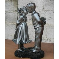 China Small Polyresin figurine(Young love) for home decoration or festival gift wholesale