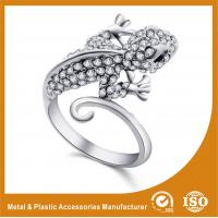 China 304 Stainless Steel Ladies Fashion Rings For Anniversary / Gift wholesale