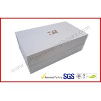 China Rectangle Silver Rigid Gift Boxes , Handmade Magnetic Gift Box Color Customized wholesale