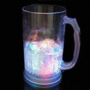 China Flashing Beer Mug with Bottom Switch, Three LED Lights and 800mL Capacity wholesale