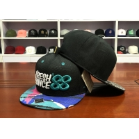 China Personalized private labels custom design flat brim embroidery logo snapback hats caps wholesale
