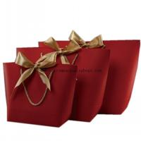 China Laminated Kraft Paper Shopping Bags , Customized Paper Gift Bags With Handles wholesale