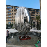 China Logo Large Outdoor Metal Sculpture 10000 Mm Stainless Steel Mirror Sculpture wholesale
