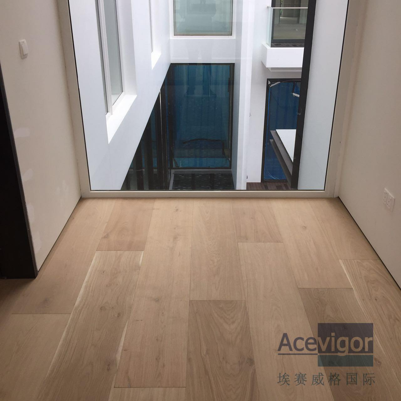 Quality Bespoke 20/6 x 300 x 2200mm AB grade wide White Oak Engineered Flooring for for sale