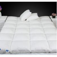 China Queen Size Luxury 0.9D Microfiber Fill Baffle Boxes with Lining Mattress Topper for Home / Hotel wholesale