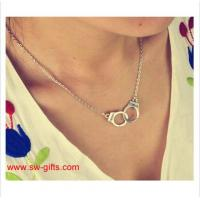China New Fashion Jewelry Handcuffs Choker Pendant Necklace Girl lover Valentine