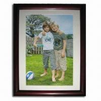 China Wooden Photo Frame, Available in Four Different Sizes, ODM and OEM Orders are Welcome wholesale