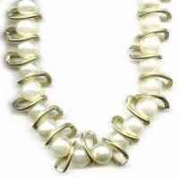 China Fashion pearl necklace with safety pin at the ends, customized lengths are welcome wholesale