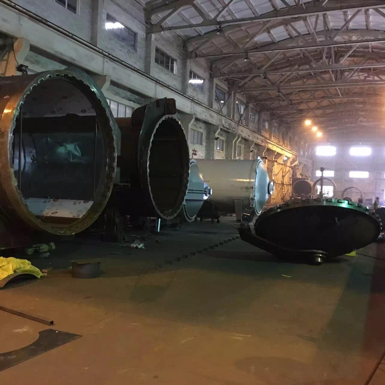 China Wood Autoclave With Safety Interlock , Automatic Control High Temperature And High Pressure wholesale