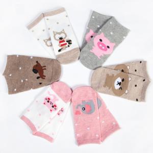 China Breathable custom cute cartoon non slip grips tube cotton socks for baby girl wholesale