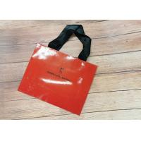 China Red oil filmed Recyclable Paper Shopping Bags SGS,FDA ceritified Metallic Foil Logo with black silk Handle wholesale