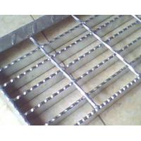 China welding Stair Tread Steel Bar Grating anti-corrosion with hot dipped zinc coat wholesale