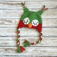 China Christmas sleepy owl hat for boys and girls, crochet christmas hat in red and green wholesale