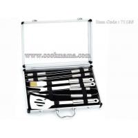 China 8pcs stainless steel handle bbq set with window aluminum carry case on sale