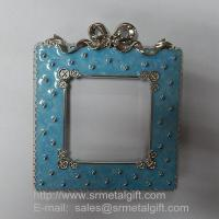 Buy cheap Metal photo frame with epoxy enamel, zinc alloy photo frames from wholesalers