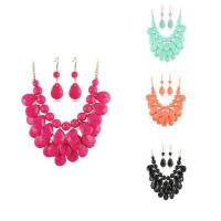 China Fashion Women Jewelry Colourful Diamond Shape Resin Necklace Sets Colorful Jewellery wholesale