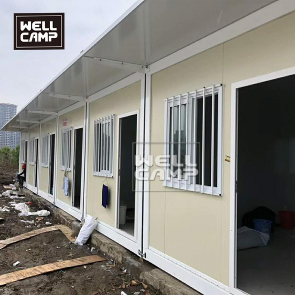 China Low cost 20ft flat pack container house in South Africa standard modular